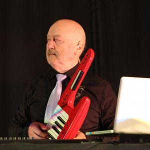 http://orchestrehugueslamagat.com/wp-content/uploads/2014/05/orchestre-danse-17-1024x682.jpg