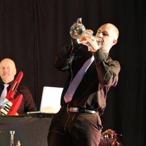http://orchestrehugueslamagat.com/wp-content/uploads/2014/05/orchestre-danse-20-1024x682.jpg