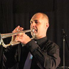 http://orchestrehugueslamagat.com/wp-content/uploads/2014/05/orchestre-danse-24.jpg